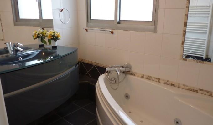 Appartements HOME CONCEPT– Gentilly (94250) - salle de bains équipée